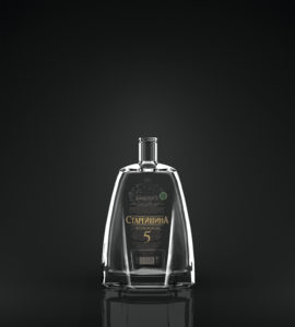 Бутылка коньяка в декоре